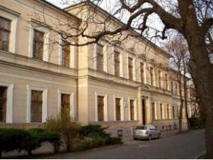 Obchodná akadémia Levice - perspektívna - Katalóg firiem  b653d6efd00